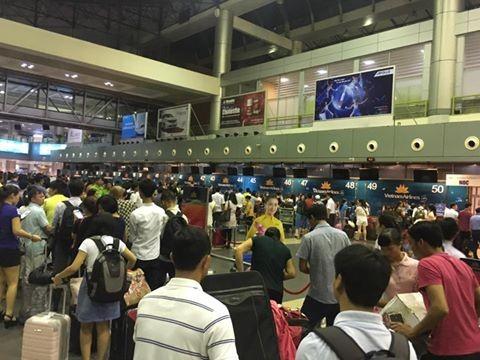 Cuc HKVN: Hon 100 chuyen bay bi anh huong do tin tac