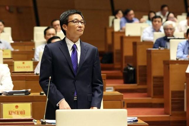 Chat van Bo truong Bo VH-TT-DL: Van nong Son Tra