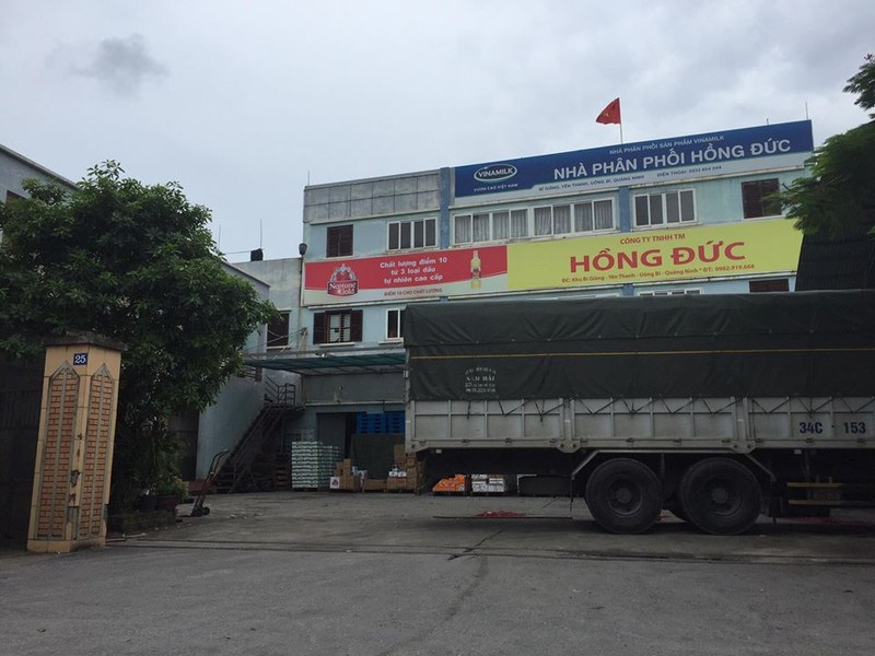 Quang Ninh: Dau tran theo nuoc mua xuong dong ruong, dan buc xuc-Hinh-2