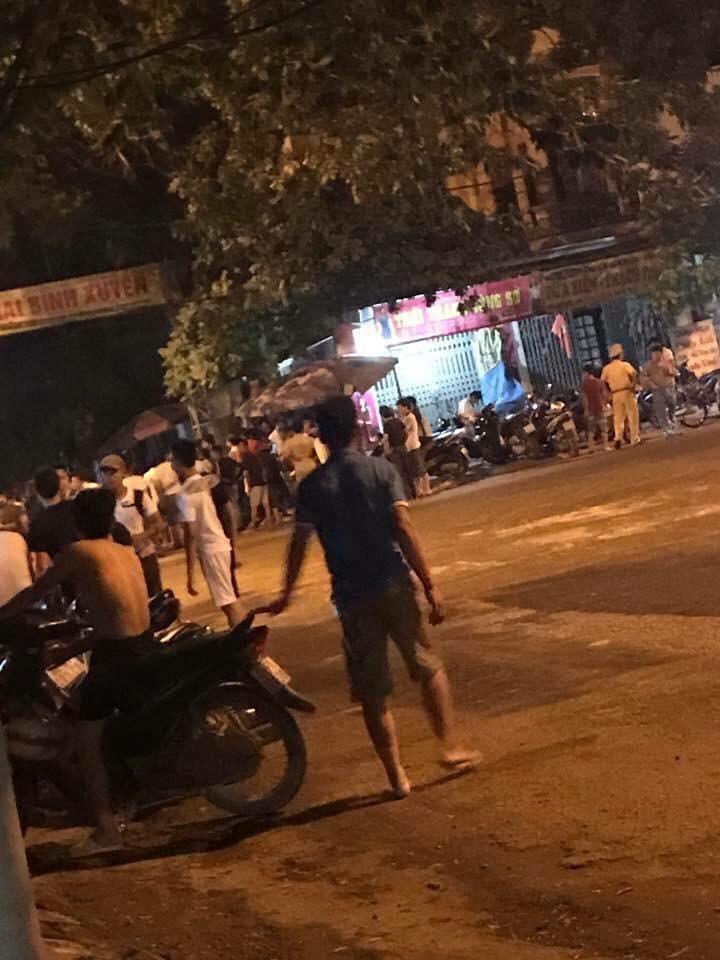 Vinh Phuc: Dang dieu tra vu hon chien, chem lia dau mot thanh nien-Hinh-2
