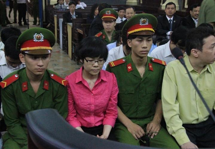 Tiep tuc truy to Huynh Thi Huyen Nhu chiem doat gan 1.300 ty dong