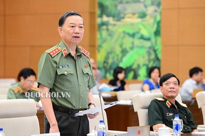 Bo truong Bo Cong an tra loi chat van van de nao?