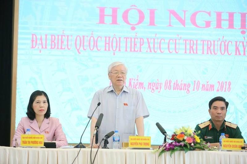 """Tong Bi thu Nguyen Phu Trong: """"Khong nen noi Tong Bi thu kiem Chu tich nuoc"""""""