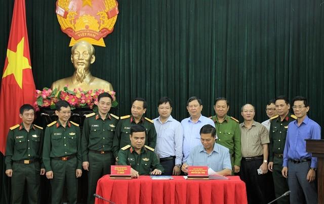 """Nhan ban giao """"diem nong"""" dat Quoc phong: Hai Phong manh tay xu ly vi pham-Hinh-2"""