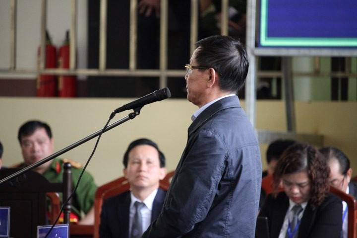 Ong Phan Van Vinh khai ban cay canh, mua dong ho Rolex 1,1 ty dong