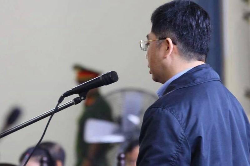 """Trum"" co bac Nguyen Van Duong cam thay bi ong Hoa ""xuc pham"""