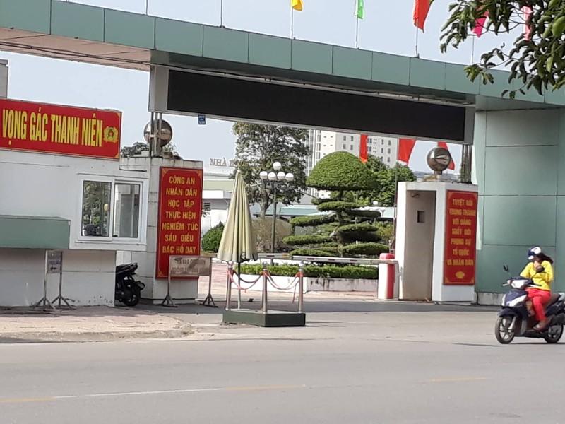 Nguoi phu nu bi nhom con do truy duoi vao tru so cong an Thai Binh len tieng?