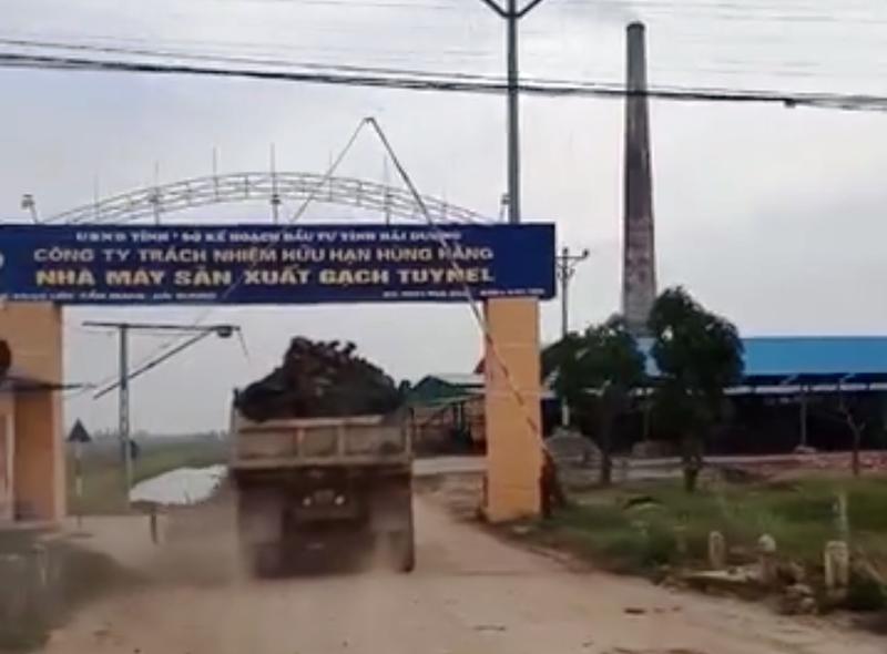 Loi dung don dien, doi thua khai thac dat trai phep: UBND huyen Cam Giang vao cuoc-Hinh-6
