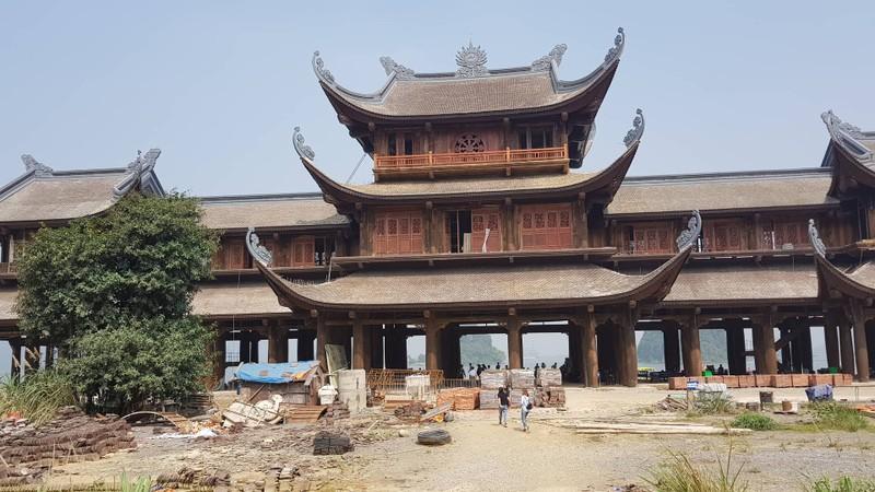 """Chua Tam Chuc cua dai gia Xuan Truong: Chua hoan thien da thu """"khung""""?"""