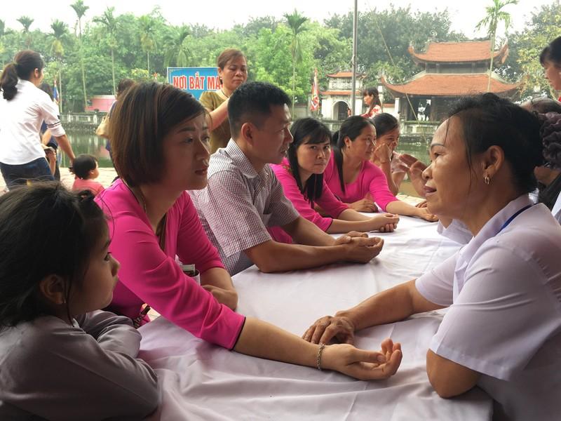 "Hang nghin nguoi du le hoi den Bia, tuong nho vi ""Thanh thuoc Nam"" Tue Tinh-Hinh-7"