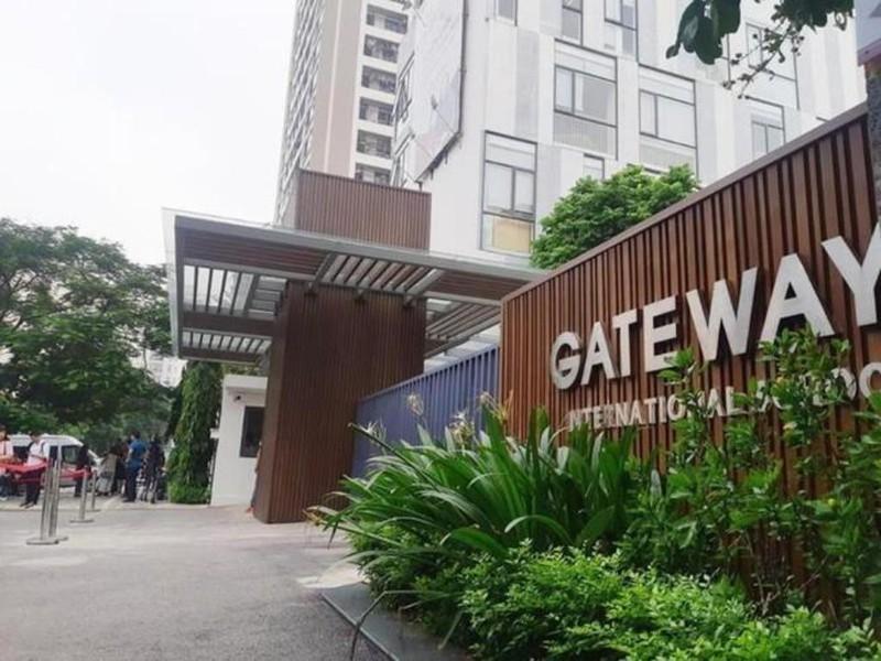 """Khoi to lai xe Doan Quy Phien... Ban giam hieu Gateway co bi """"goi ten""""?"""