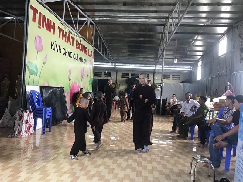 """Vu Su Thich Thanh Toan, Tinh that Bong Lai: """"Chay nha"""" moi toi ra su that soc?"""