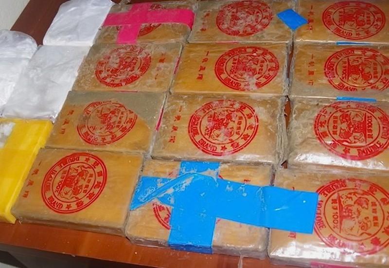Heroin co chu Trung Quoc troi dat vao Quang Nam: Ai tha xuong bien?