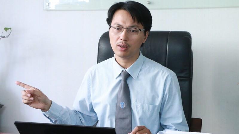 """Giam doc Ngan hang Nha nuoc CN Phu Yen uu ai nu truong phong: Co quan he gi """"la""""?-Hinh-2"""