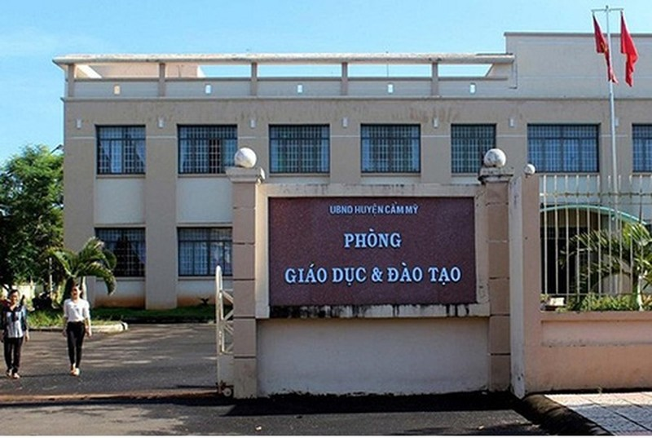 19 nguoi thi vien chuc o Dong Nai bi sua diem: Ai chi dao Pham Duc?