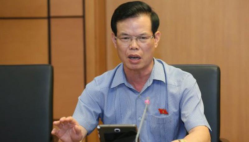 Gian lan diem thi o Ha Giang: Ky luat khien trach vo ong Trieu Tai Vinh
