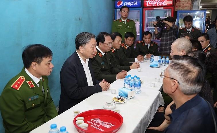 Vu Dong Tam: Thang cap bac ham, mai mai ghi nhan guong hy sinh anh dung