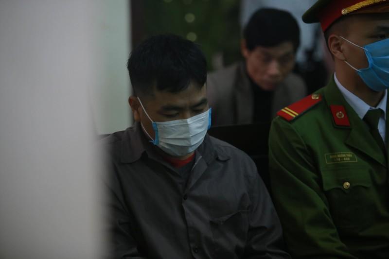 Xe container dam Innova di lui tren cao toc Ha Noi - Thai Nguyen: Bi cao de nghi thay kiem sat vien-Hinh-3