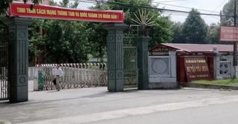 Huyen uy, UBND Yen Dinh no 50 ty tien an uong: Ai la nguoi tra no?