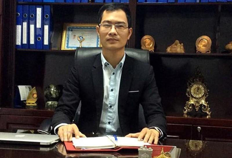 "Giam doc CDC Ha Noi ""an ban"" tien khung tu ""thuong vu"" may xet nghiem COVID-19-Hinh-3"