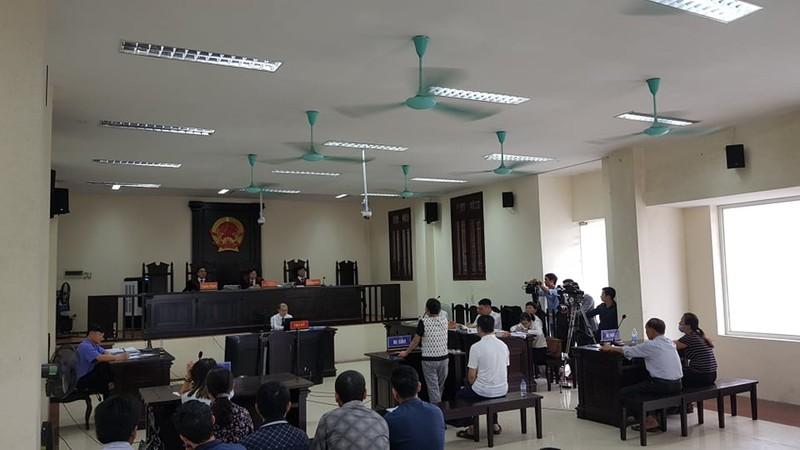 Xet xu vo chong Cty Lam Quyet: Duong Nhue ngoi phong rieng du toa-Hinh-3