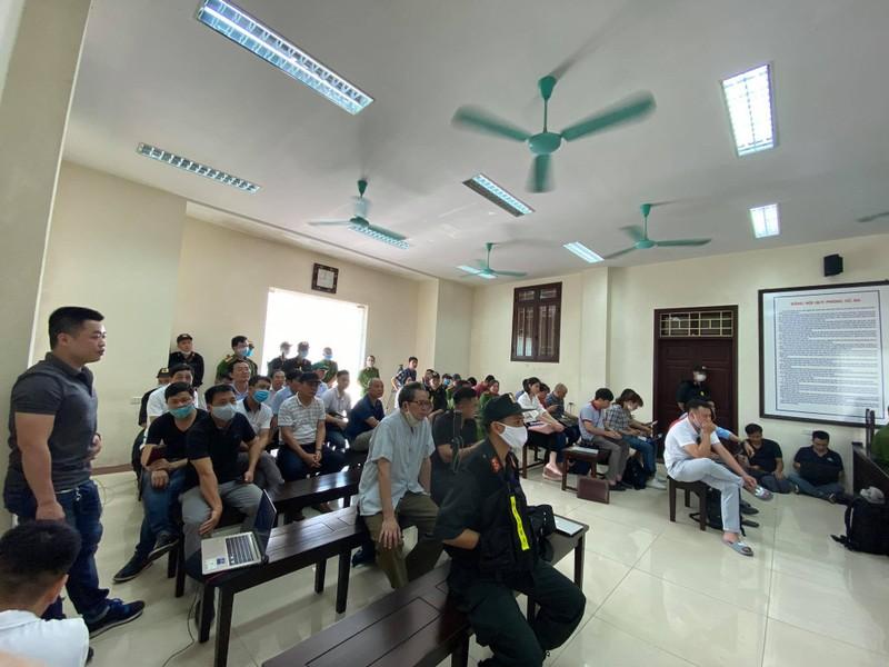 Xet xu vo chong Cty Lam Quyet: Duong Nhue ngoi phong rieng du toa-Hinh-4