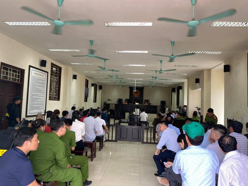 Xet xu vo chong Cty Lam Quyet: Duong Nhue ngoi phong rieng du toa-Hinh-5
