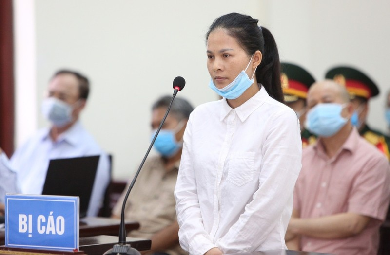 """Xet xu cuu Thu truong Bo Quoc phong: Ut """"troc"""" phu nhan loi khai cua chau gai?-Hinh-2"""