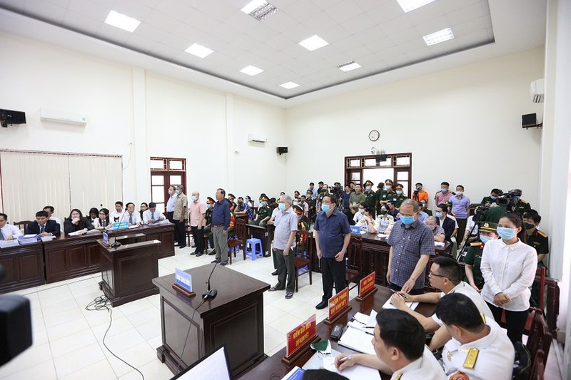 "Thon tinh dat Quoc phong, lam hu hong can bo, Ut ""troc"" bi de nghi an 20 nam tu-Hinh-2"