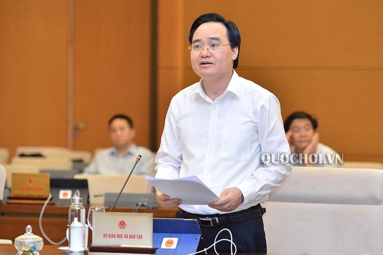 Bo truong Nha: Chu tich Quang Ninh kiem hieu truong chi la tinh the