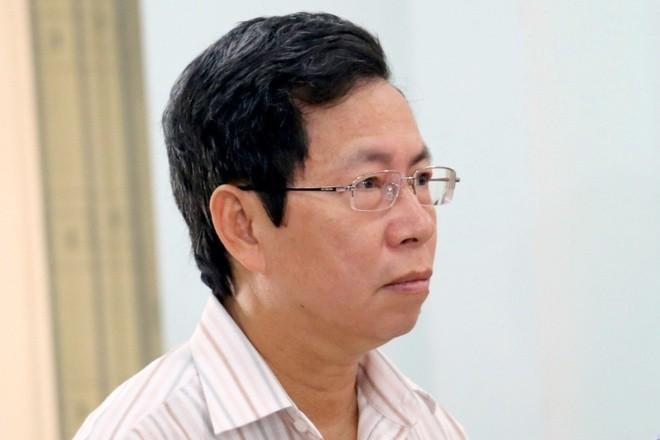 Phuc tham Pho CT Nha Trang 29/5: Sao chua cach chuc ong Le Huy Toan?