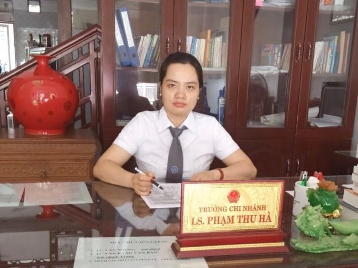 """Dam o be trai trong thang may o Ha Noi, muc an co giong Linh """"nung""""?-Hinh-2"""