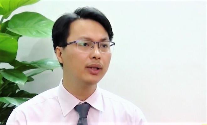 """Bi thu Quang Ngai Le Viet Chu xin thoi chuc cot mong… """"ha canh an toan""""?-Hinh-2"""