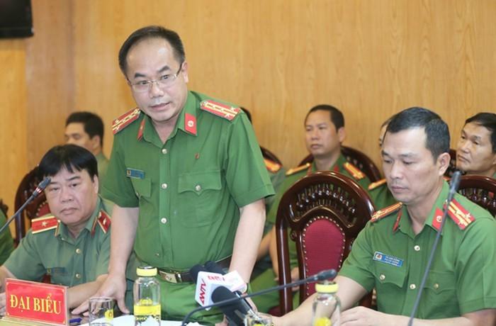 Dai gia Le Thanh Than bi khoi to, sao van tai ngoai?