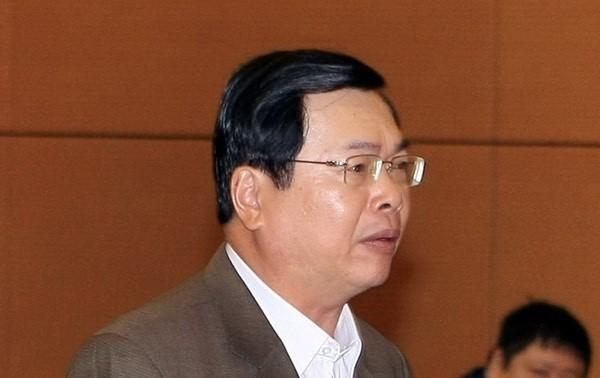 "Sai pham o ""dat vang"" Sabeco, nguyen Bo truong Vu Huy Hoang mat nhung gi?"