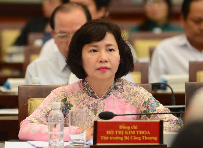 Nguyen Thu Truong Ho Thi Kim Thoa bi khoi to nhung dang o Phap