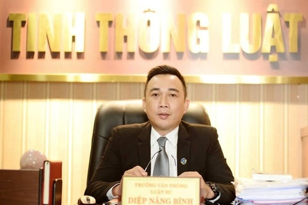 Truy na nguyen Thu truong Bo CT: Co chuyen ba Ho Thi Kim Thoa tron khoi Phap?-Hinh-2