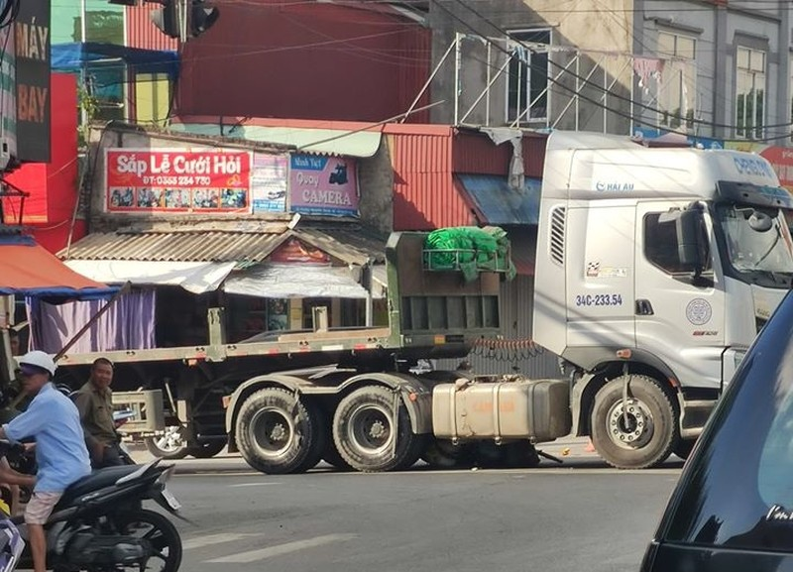 Hai Duong: Dau keo va cham xe dap, mot nguoi phu nu tu vong