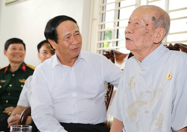 Hai Phong chi gan 258 ty tang qua gia dinh chinh sach dip tet
