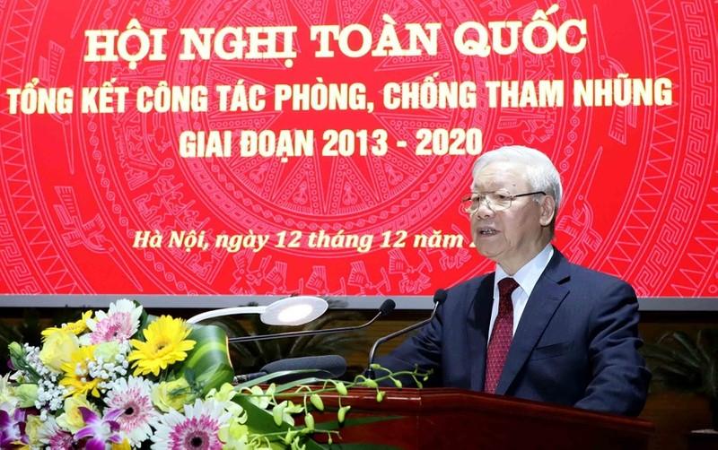 """""""Bit kin nhung """"khoang trong"""", """"ke ho"""" de """"khong the tham nhung"""""""