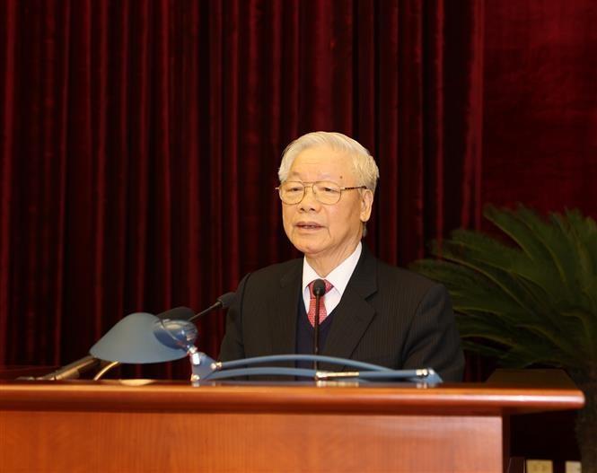 Trung uong nhat tri nhan su tham gia Bo Chinh tri, Ban Bi thu khoa XIII
