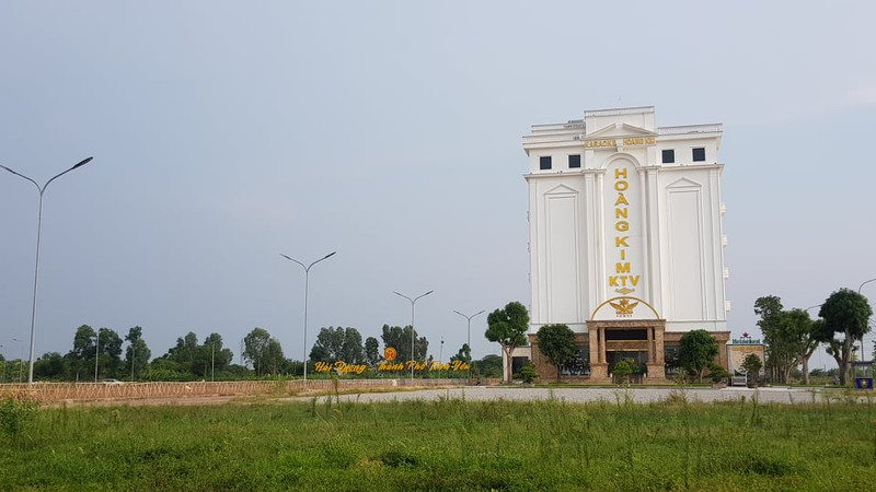 "Cty Hoang Kim xay dung khong phep: So ""tuc toc""... hop thuc hoa the nao?"