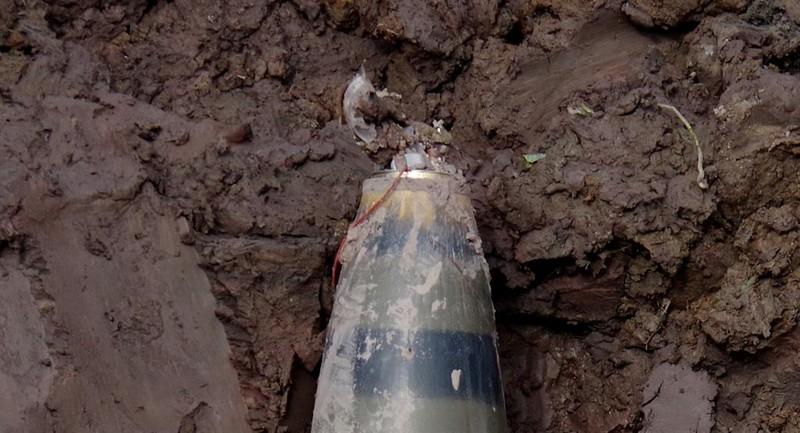Hai Duong: Huy no thanh cong qua bom dai 1,5m, nang 300kg-Hinh-2
