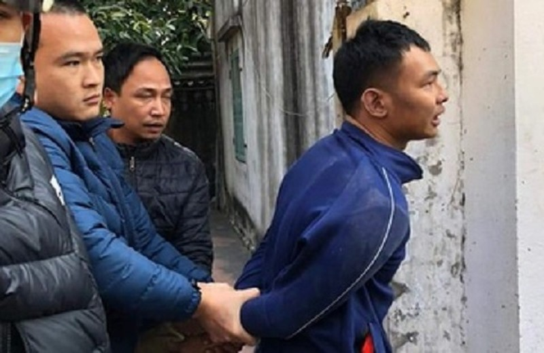 Cong an Hai Phong bat giu doi tuong dung dao cuop tiem vang