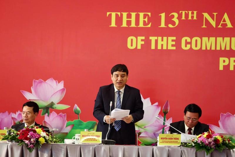 Dai bieu du Dai hoi XIII khong an, nghi ben ngoai, phong dich COVID -19