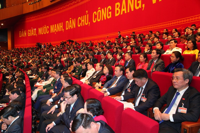 Dai hoi Dang lan thu XIII: Thong qua chuong trinh lam viec, quy che bau cu-Hinh-2