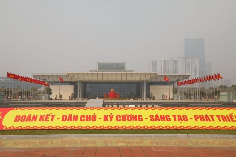 Dai hoi lan thu XIII cua Dang lam viec ngay dau tien hom nay... chuong trinh nhu nao?