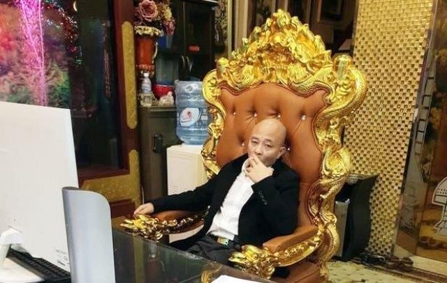 """An chan tien hoa tang, Duong """"Nhue"""" cuong doat gan 2,5 ty dong"""