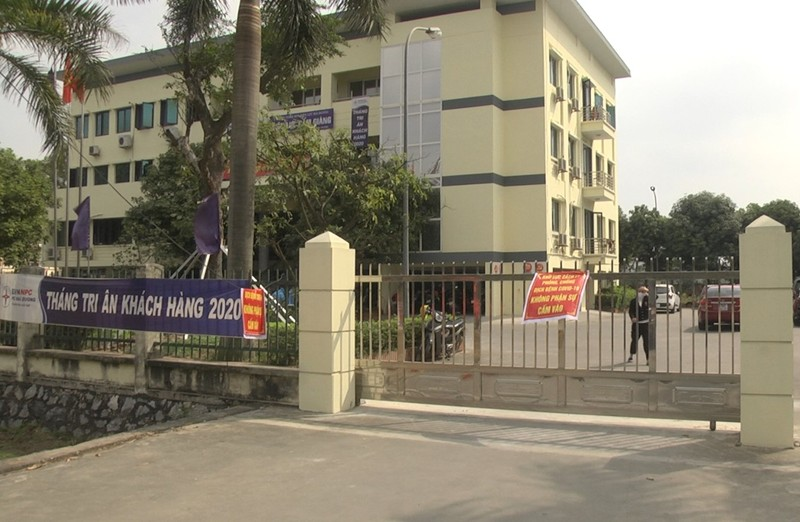 Them mot ca nghi duong tinh SARS-CoV-2 lien quan quan hat Cam Giang
