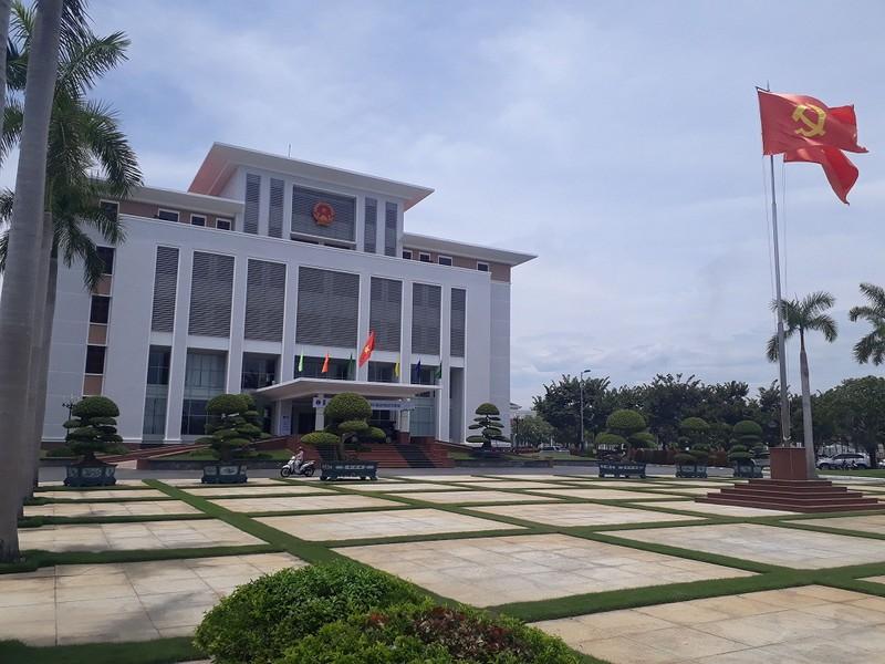 Quang Nam: 100% goi thau phai dau qua mang, tru goi thau dac biet